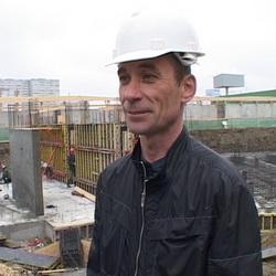 Сергей Ежов, руководитель стройки по ул. Техническая – пер. Теплоходный