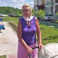 Любовь Ивановна, мама жительницы жилого комплекса «Карасьеозерский 2»
