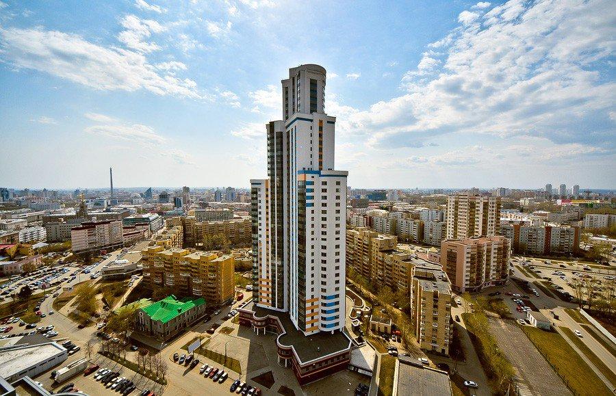 Дом класса De Luxe «Февральская революция» - Екатеринбург, Центр, ул. Февральской революции, 15 - фото 1