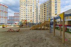 Екатеринбург, ул. Авиационная, 10 (Автовокзал) - фото квартиры