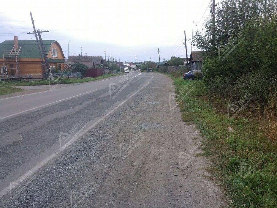 поселок городского типа Белоярский, ул. Красный Октябрь, 38 (городской округ Белоярский) - фото земельного участка (1)
