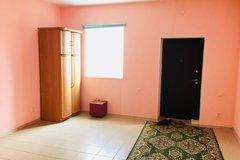 п. Становая, ул. Нефритовый, 1 (городской округ Березовский) - фото дома