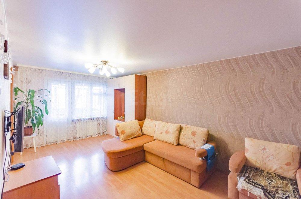 Екатеринбург, ул. 40-летия Октября, 9 (Уралмаш) - фото квартиры (1)