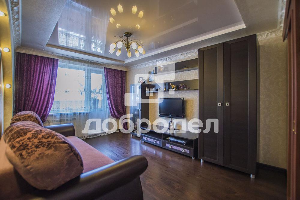 Екатеринбург, ул. Боровая, 21А - фото квартиры (1)