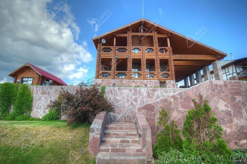 п. Новоуткинск, ул. Вайнера, - (городской округ Первоуральск) - фото дома (1)