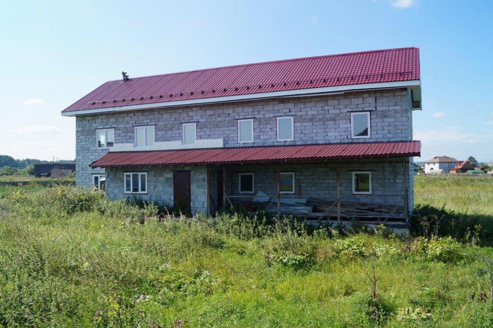 д. Большое Седельниково, ул. Чапаева, 2в (городской округ Сысертский) - фото дома (1)
