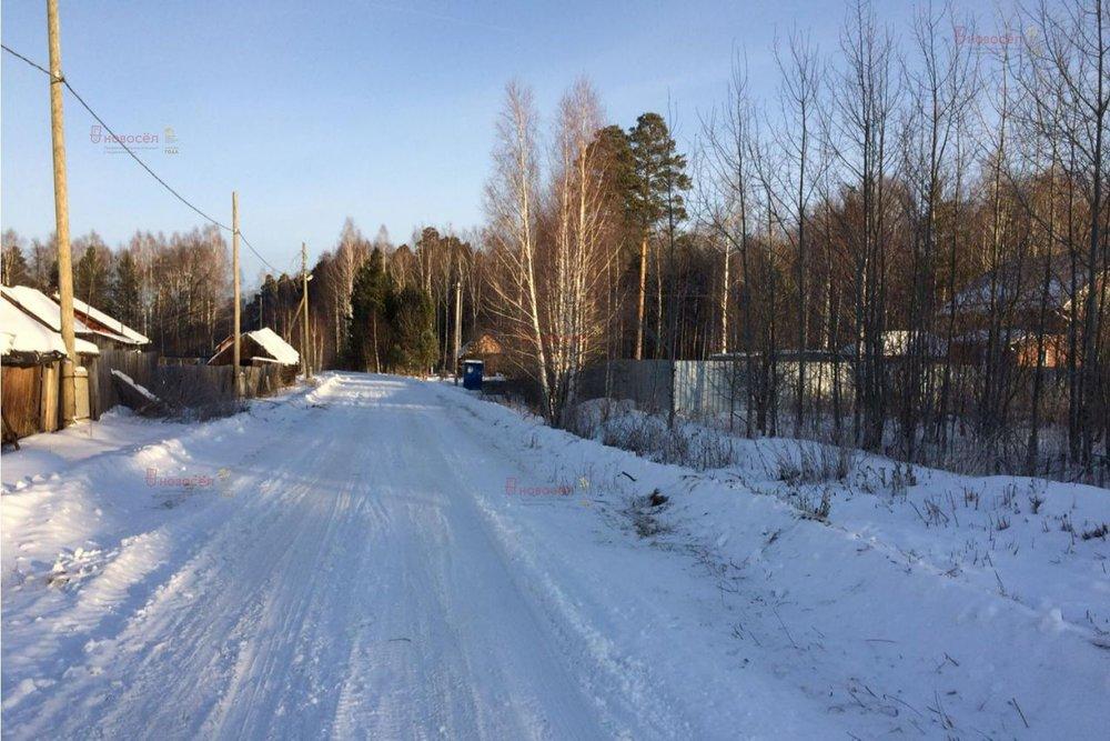 поселок городского типа Пышма, ул. 40-летия Октября, 18 (городской округ Пышминский) - фото земельного участка (1)