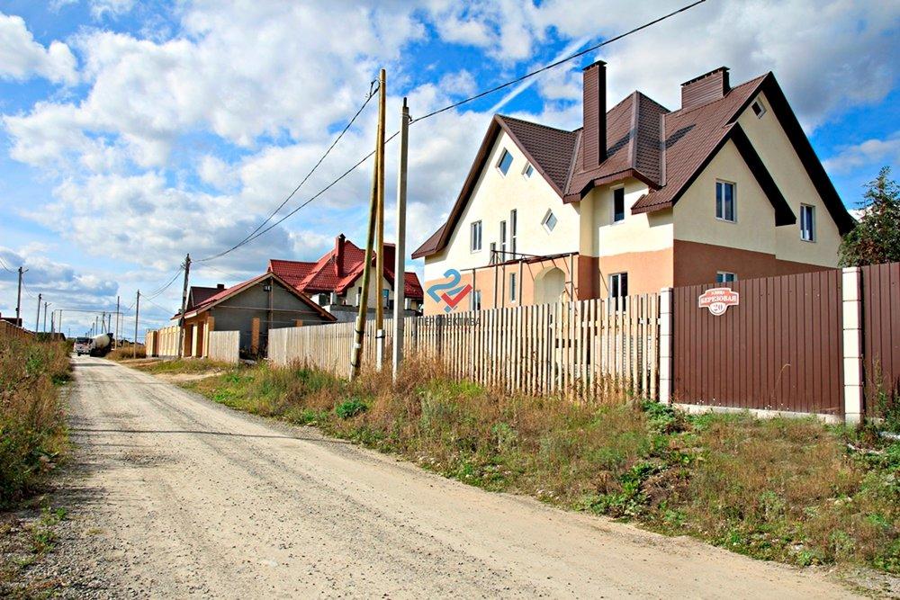 д. Большое Седельниково, ул. Берёзовая, 18 (городской округ Сысертский) - фото дома (1)