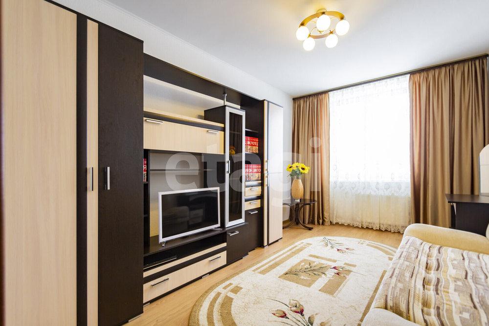 Екатеринбург, ул. Сызранский, 17 (Вторчермет) - фото квартиры (1)