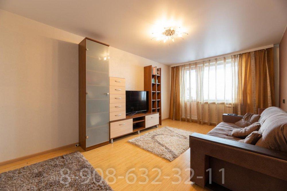 Екатеринбург, ул. Большакова, 13 (Парковый) - фото квартиры (1)