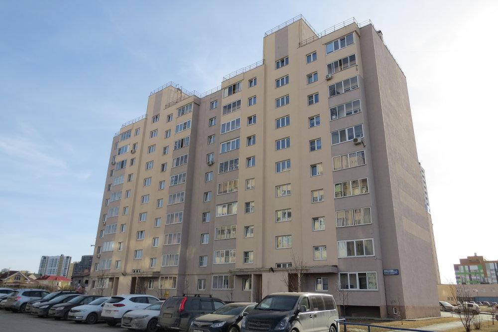 Екатеринбург, ул. Кольцевая, 37 (УНЦ) - фото квартиры (1)
