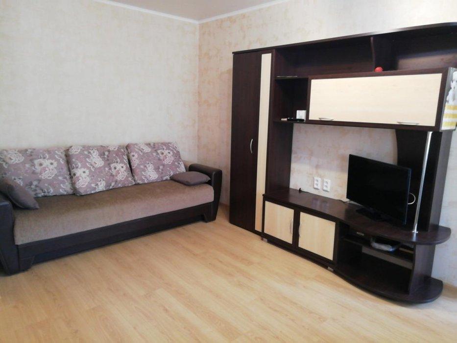Екатеринбург, ул. Азина, 53 (Центр) - фото квартиры (1)