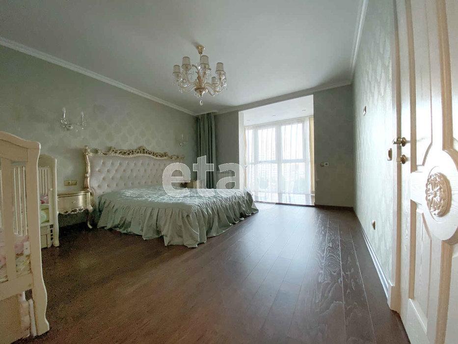 Екатеринбург, ул. Чкалова, 241 (УНЦ) - фото квартиры (1)
