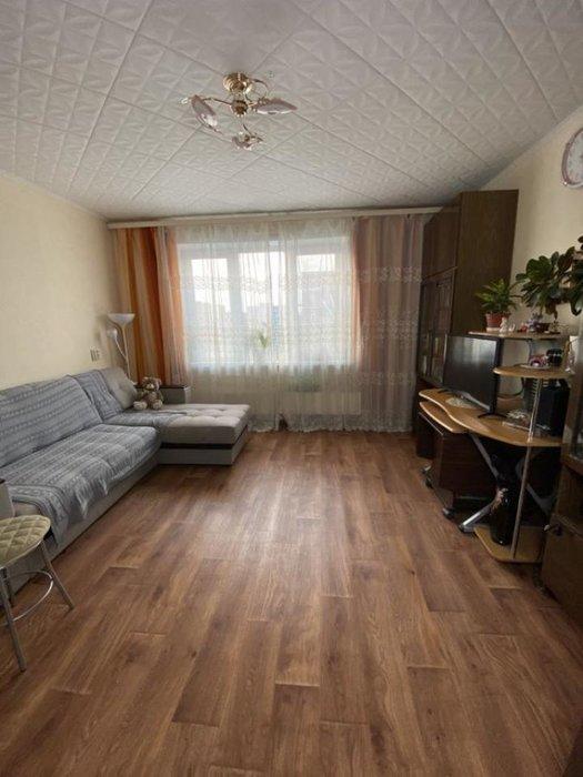 Екатеринбург, ул. б-р. Сиреневый, 23 (ЖБИ) - фото квартиры (1)