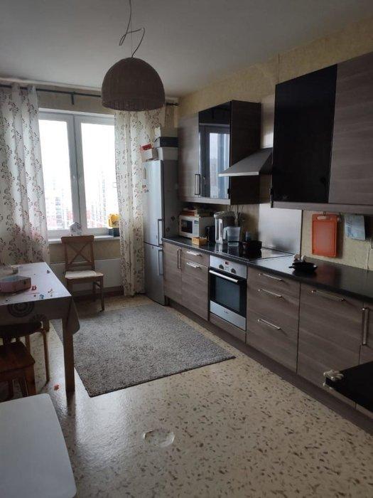 Екатеринбург, ул. Краснолесья, 141 (Академический) - фото квартиры (1)