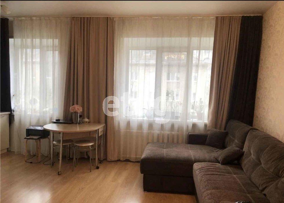 Екатеринбург, ул. Азина, 20 к 2 (Центр) - фото квартиры (1)
