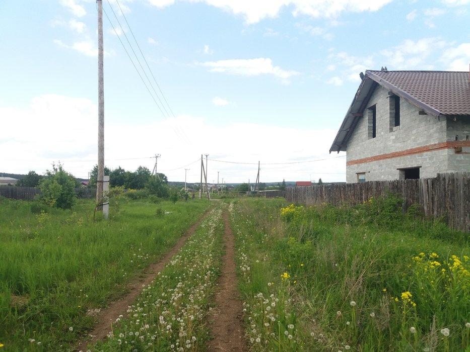 п. Бобровский, ул. 1 Мая, 78 стр. А (городской округ Сысертский) - фото земельного участка (1)