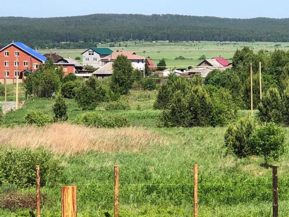 д. Большое Седельниково, ул. Октябрьская (городской округ Сысертский) - фото земельного участка (1)