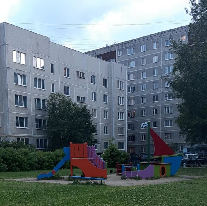Екатеринбург, ул. б-р. Сиреневый, 17а (ЖБИ) - фото квартиры (1)