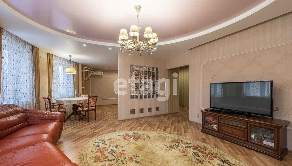 Екатеринбург, ул. Космонавтов, 46а (Эльмаш) - фото квартиры (1)