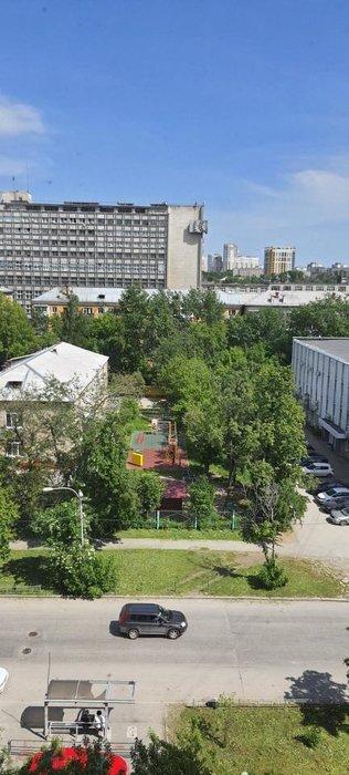 Екатеринбург, ул. Мамина-Сибиряка, 10 (Центр) - фото комнаты (1)