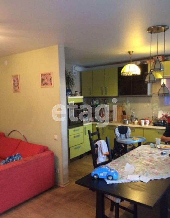 Екатеринбург, ул. Сиреневый бульвар, 10 (ЖБИ) - фото квартиры (1)