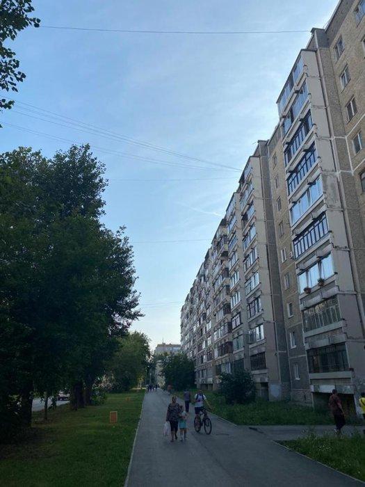 Екатеринбург, ул. Индустрии, 57/1 (Центр) - фото квартиры (1)