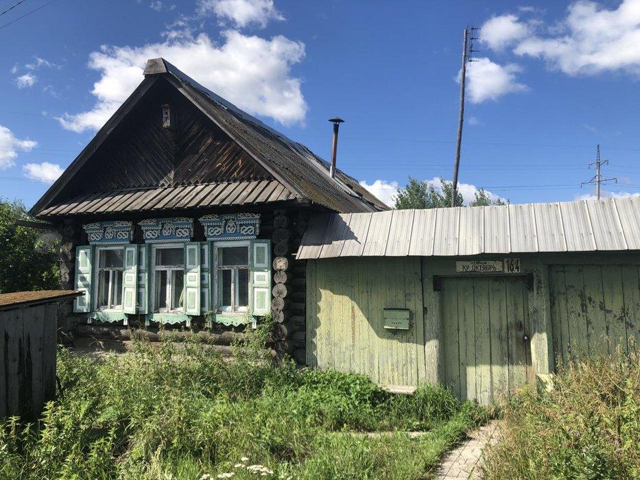 поселок городского типа Белоярский, ул. Красный Октябрь, 164 (городской округ Белоярский) - фото дома (1)