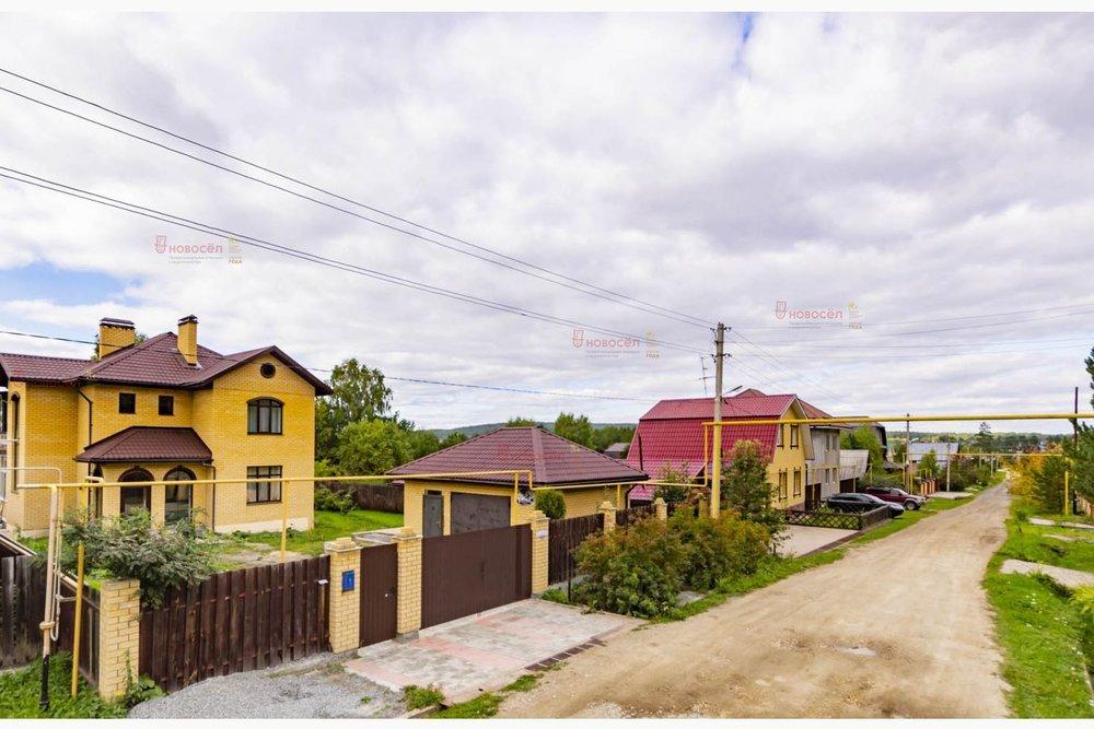 п. Верхняя Сысерть, ул. Солнечная, 32 (городской округ Сысертский) - фото коттеджа (1)