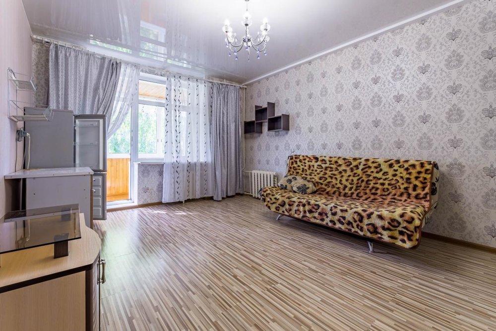 Екатеринбург, ул. Декабристов, 16/18 (Центр) - фото комнаты (1)