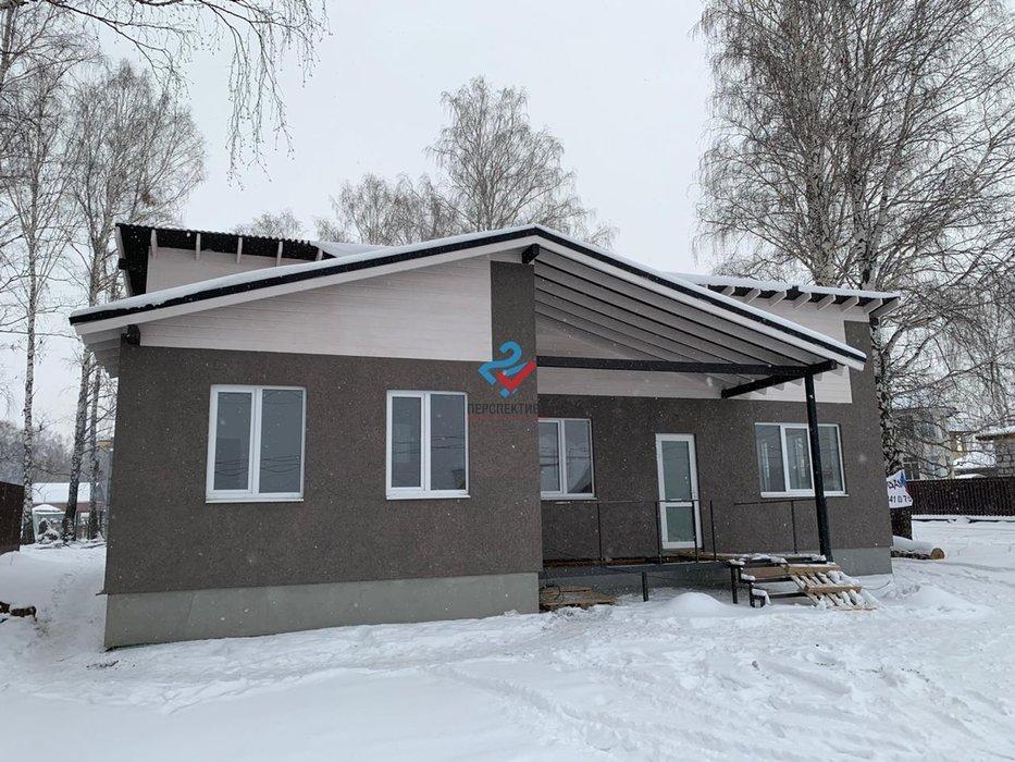 п. Прохладный, ул. 1 Мая, 3 (городской округ Белоярский) - фото коттеджа (1)