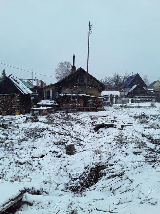 г. Асбест, ул. Радищева, 17 (городской округ Асбестовский) - фото земельного участка (1)