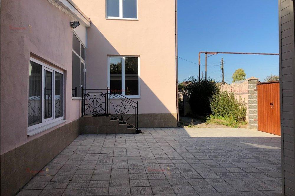 г. Арамиль, ул. Фурманова, 1В (городской округ Арамильский) - фото коттеджа (3)