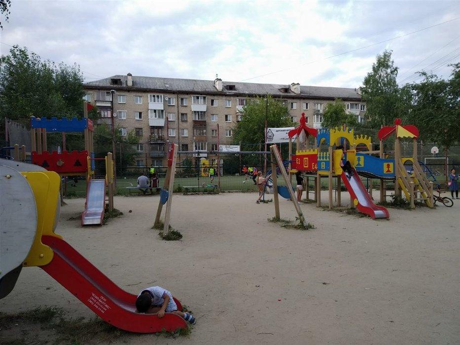 Екатеринбург, ул. Техническая, 48 (Старая Сортировка) - фото комнаты (1)