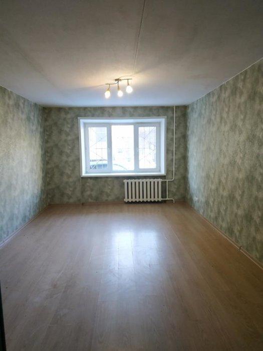 Екатеринбург, ул. Индустрии, 37 (Уралмаш) - фото комнаты (1)