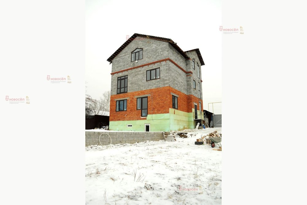 г. Арамиль, ул. Рабочая, 5 (городской округ Арамильский) - фото коттеджа (1)