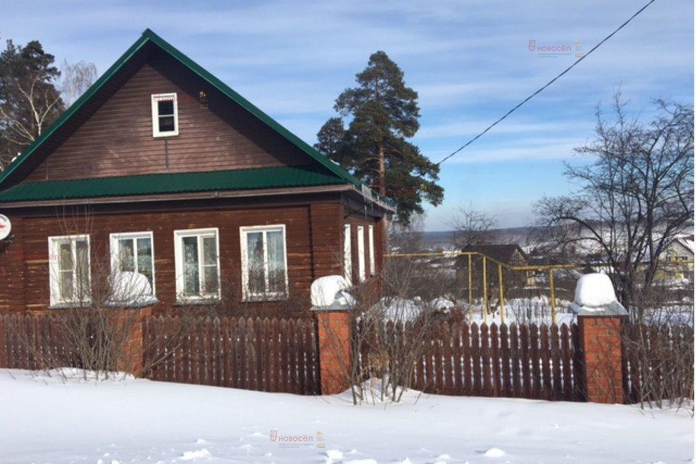 г. Дегтярск, ул. Шуры Екимовой, 1 (городской округ Город Дегтярск) - фото дома (1)