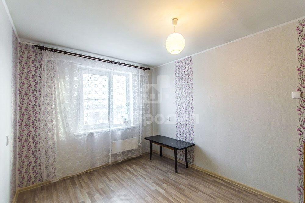 Екатеринбург, ул. Машинная, 42 к.3 (Автовокзал) - фото комнаты (1)