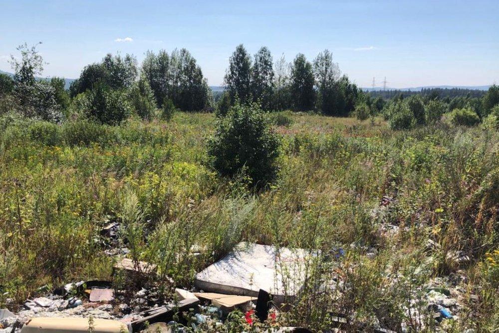 г. Ревда, ул. Обогатителей, 27 (городской округ Ревда) - фото земельного участка (4)