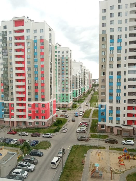 Екатеринбург, ул. Краснолесья, 147 (Академический) - фото квартиры (1)