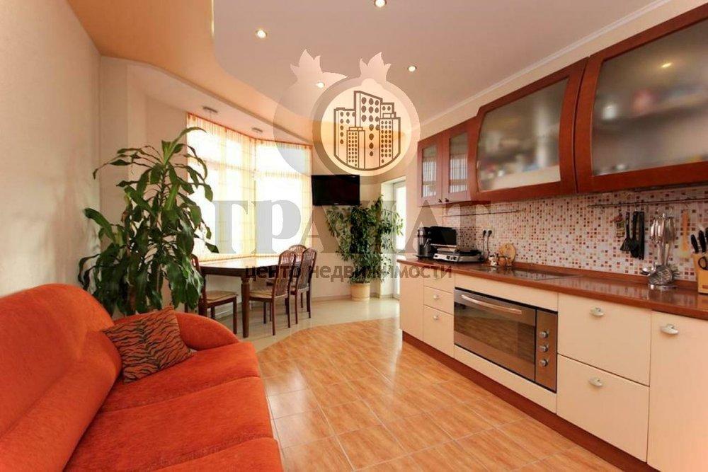Екатеринбург, ул. Хохрякова, 43 (Центр) - фото квартиры (1)