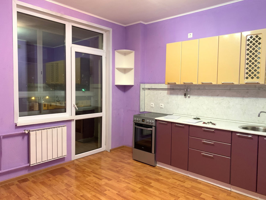 Екатеринбург, ул. 8 Марта, 194 (Автовокзал) - фото квартиры (1)