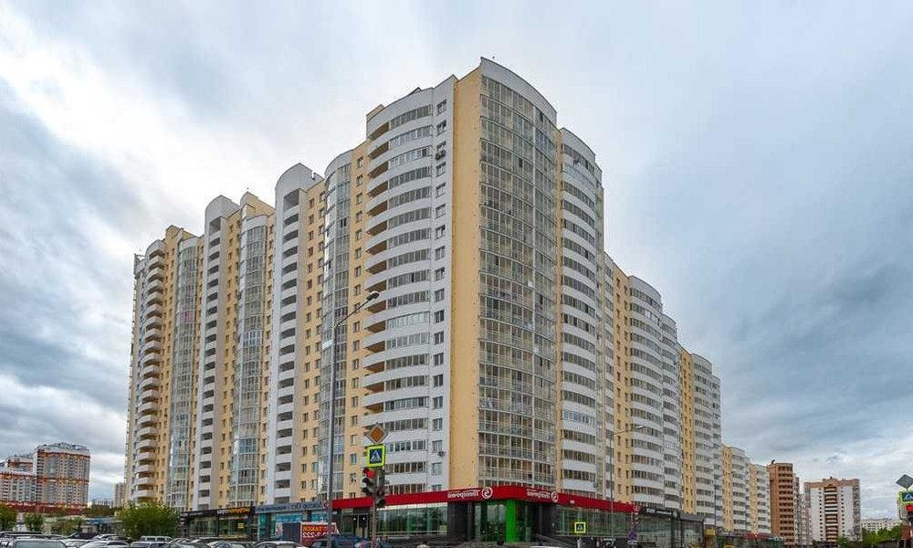 Екатеринбург, ул. 8 Марта, 167 (Автовокзал) - фото квартиры (1)