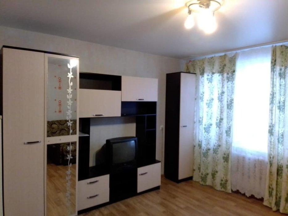 Екатеринбург, ул. Минометчиков, 26 (Новая Сортировка) - фото комнаты (1)