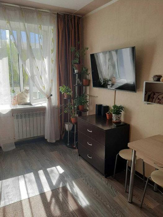 Екатеринбург, ул. Кировградская, 27 (Уралмаш) - фото комнаты (1)