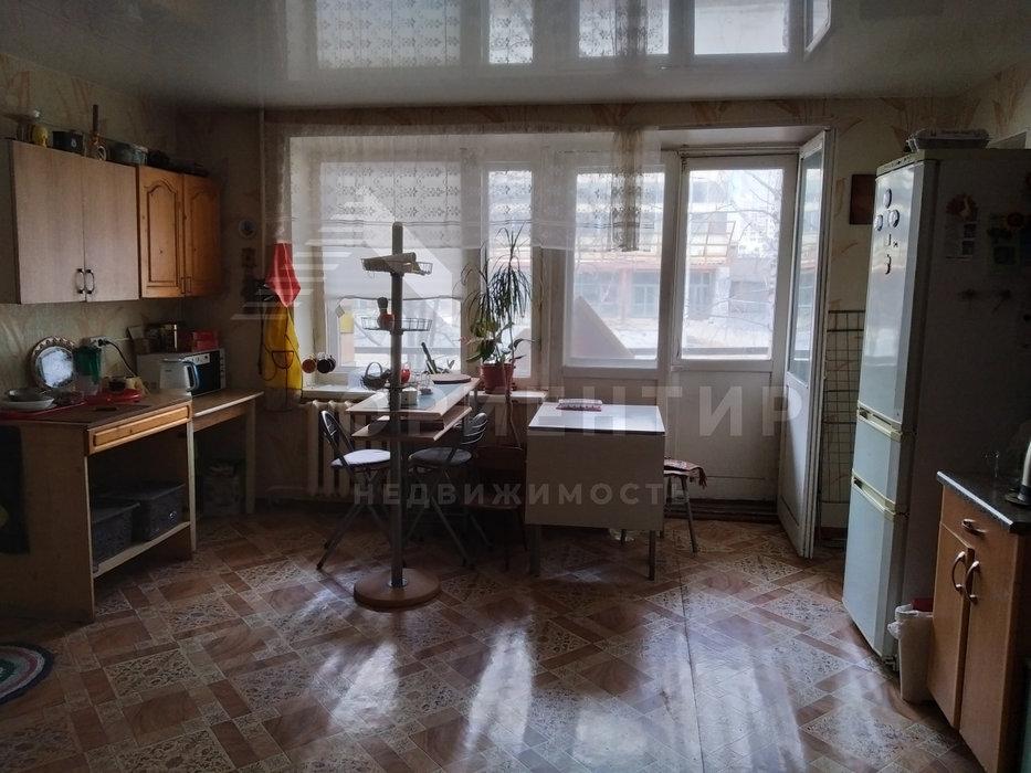 Екатеринбург, ул. Библиотечная, 64 (Втузгородок) - фото комнаты (1)