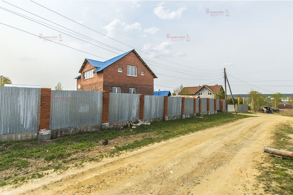 поселок городского типа Белоярский, ул. Березовая, 20 (городской округ Белоярский) - фото коттеджа (1)