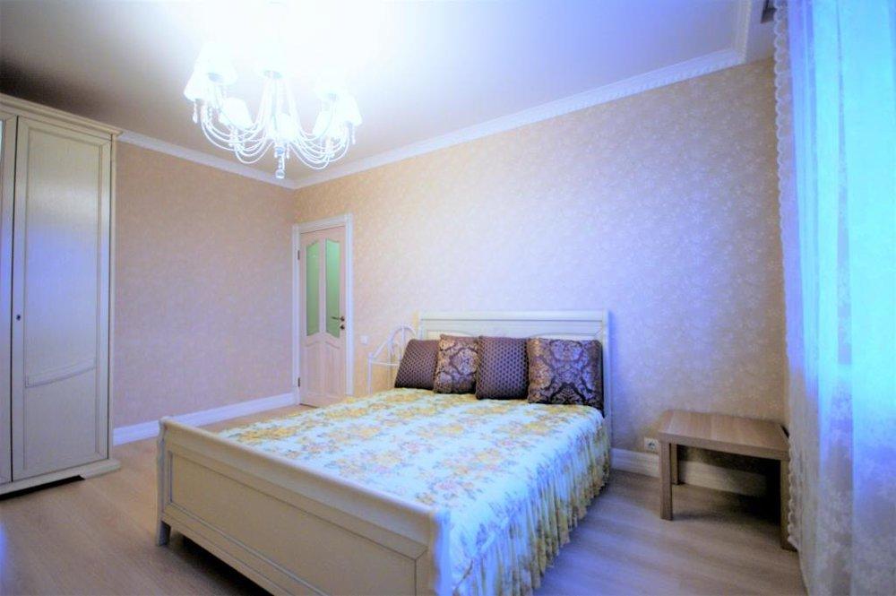 Екатеринбург, ул. 8 Марта , 167 (Автовокзал) - фото квартиры (1)