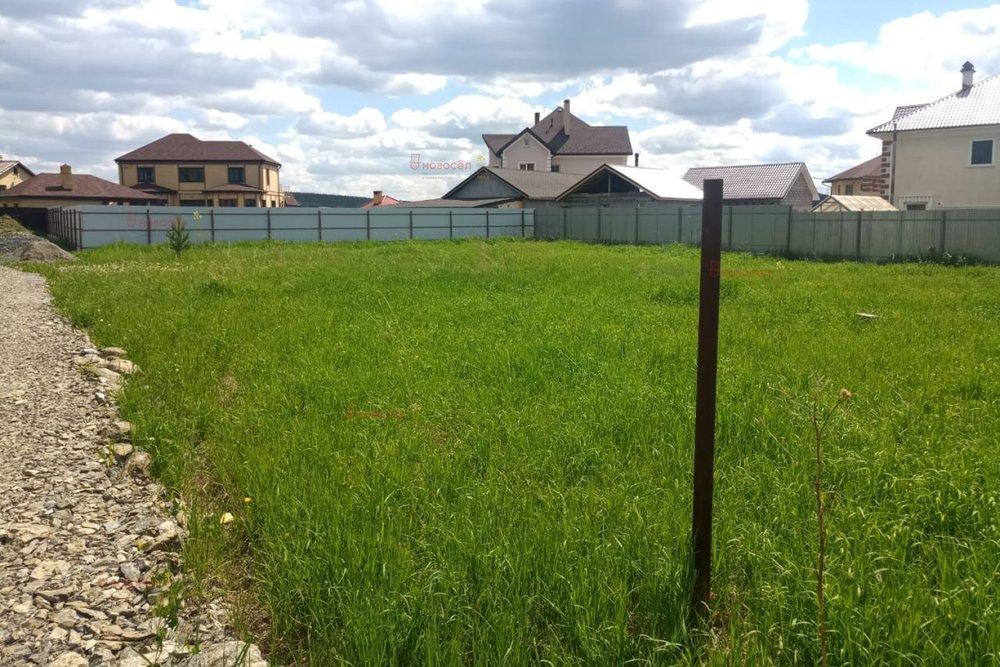 к.п. Белые Росы, ул. Землчничная, 15 (городской округ Полевской, с. Курганово) - фото земельного участка (2)