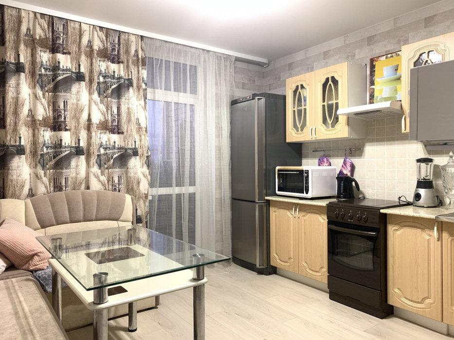 Екатеринбург, ул. Амундсена, 68б (Юго-Западный) - фото квартиры (1)